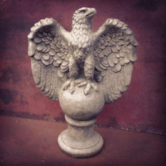 Eagle Left