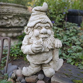 Gnome Smoking