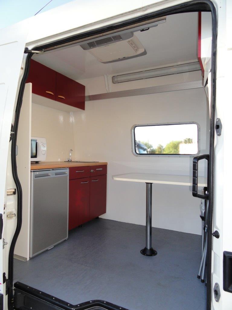 aménagement intérieur de camion