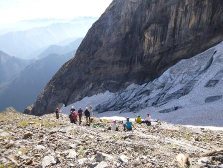 Les étudiants du Caousou  au chevet du glacier du Mont Valier!