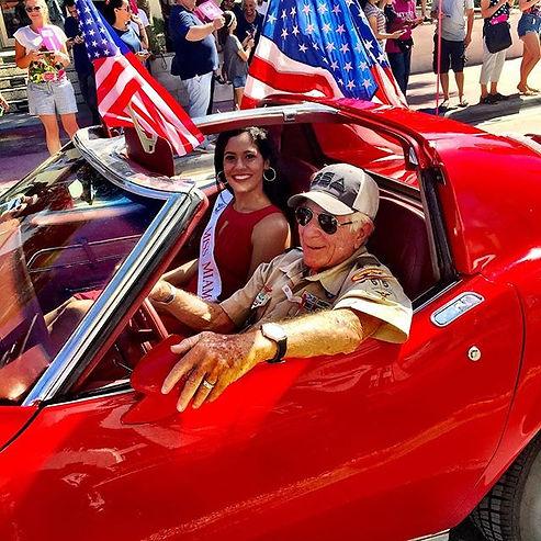 #veteran #miamibeach #parade #november11 photography  Michel Tessier Veterans Miss Miami