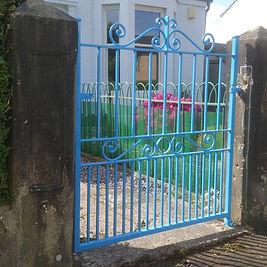 classic-design-blue-pedestrian-gate.jpg