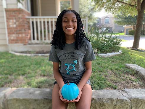Peyton Teal Pumpkin 1.JPG