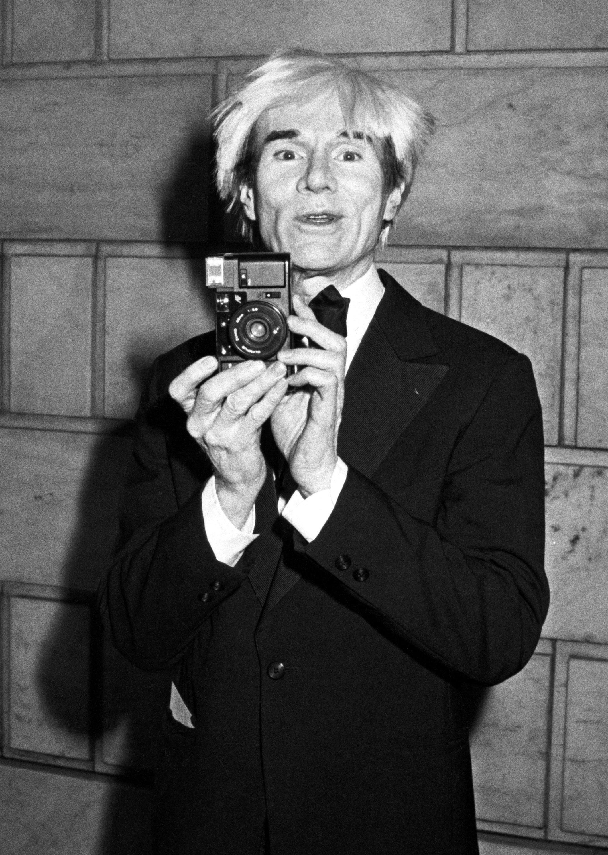 "Ron GALELLA ""Warhol with Camera"""
