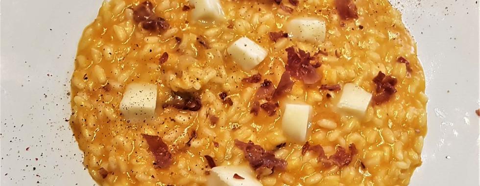 risotto alla zucca con taleggio e speck croccante