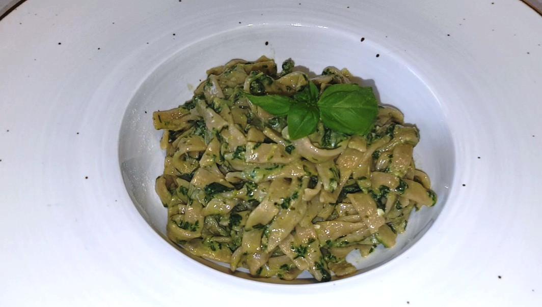 pasta avvantaggiata con pesto genovese c