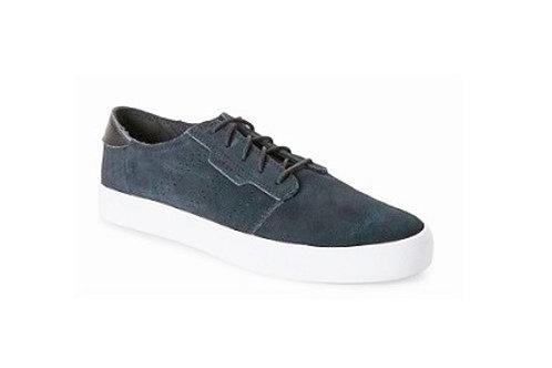Adidas Seeley Essential Low Top Sneakers