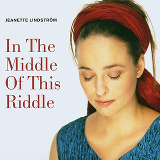 SHOP_In The Middle Of This Riddle_Jeanet