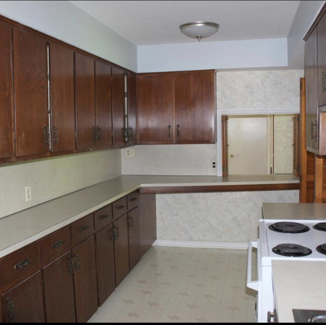 1725 Kitchen - 5