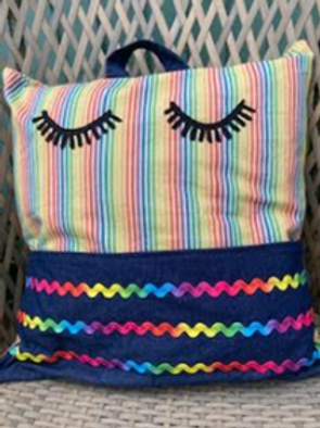 Friday 6th August -The Holiday Cushion - Morning Class 9:30am - 12:30pm
