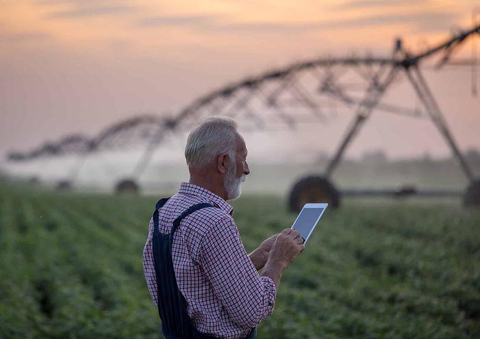 farmer-ipad-in-field (1).jpg
