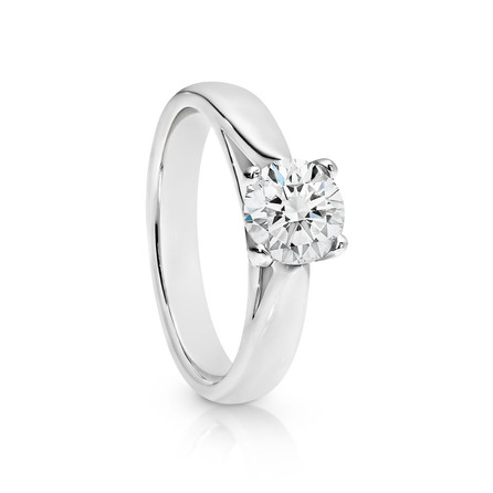 Diamond solitare ring in 18ct white gold, set with 1ct round brilliant cut Diamond.  Please contact us to enquire about this bespoke piece.