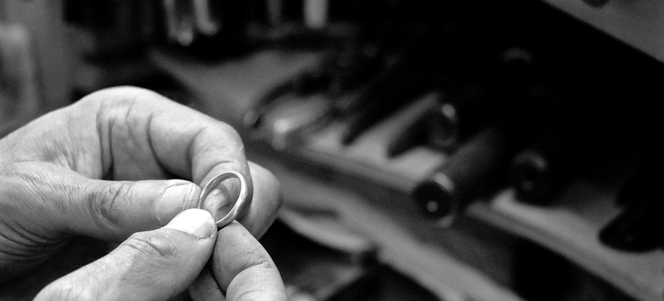 handmade jewellery bespoke wedding ring