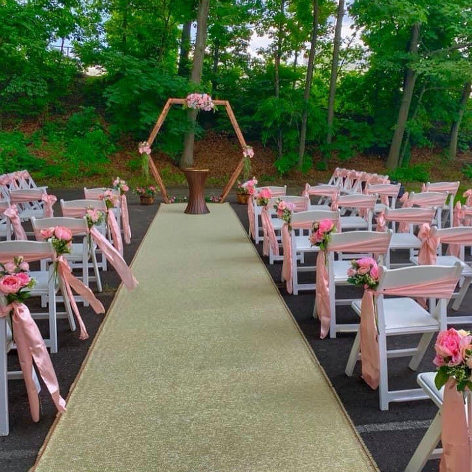 Garden Chairs ceremony