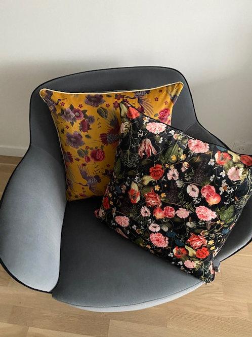 Coussins velours fleurs