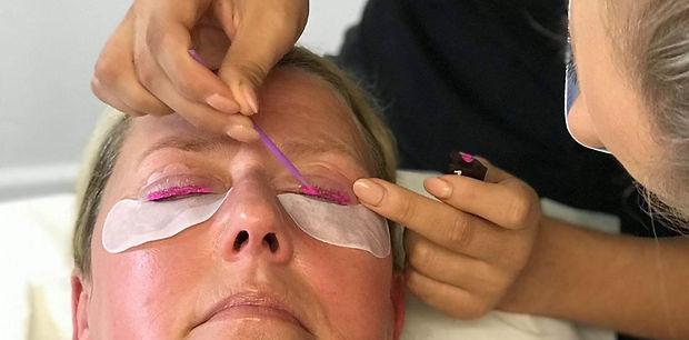 KJ Cosmetics Eyelash Lift & Tint Carouse