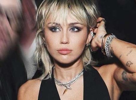 Miley Cyrus cancela asistencia a concierto en Sydney por miedo al Covid-19