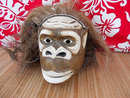 Masque du singe en bois