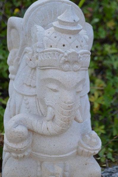 Ganesh en pierrre blanche