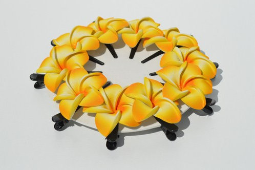 Petite fleur de frangipanier (barrette)