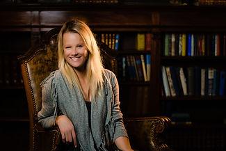 Jen Hartley Headshot.jpg