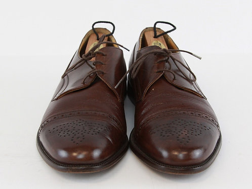 Johnston & Murphy Brown Oxford w/Medallion & Cap Toe 9 1/2