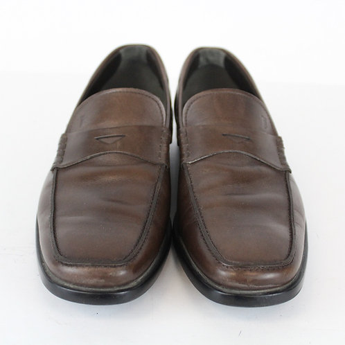 Tods Chocolate Penny Loafer w/Rubber Sole Size 8