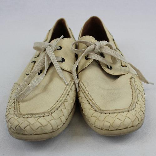 Bottega Veneta Cream Boat Shoe w/Braided Sides 9