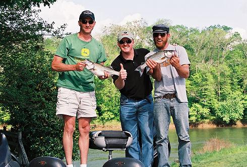Three Fishermen with Rockfish_thumbsup.j