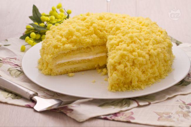 Torta Mimosa. (Credit: giallozafferano.com)