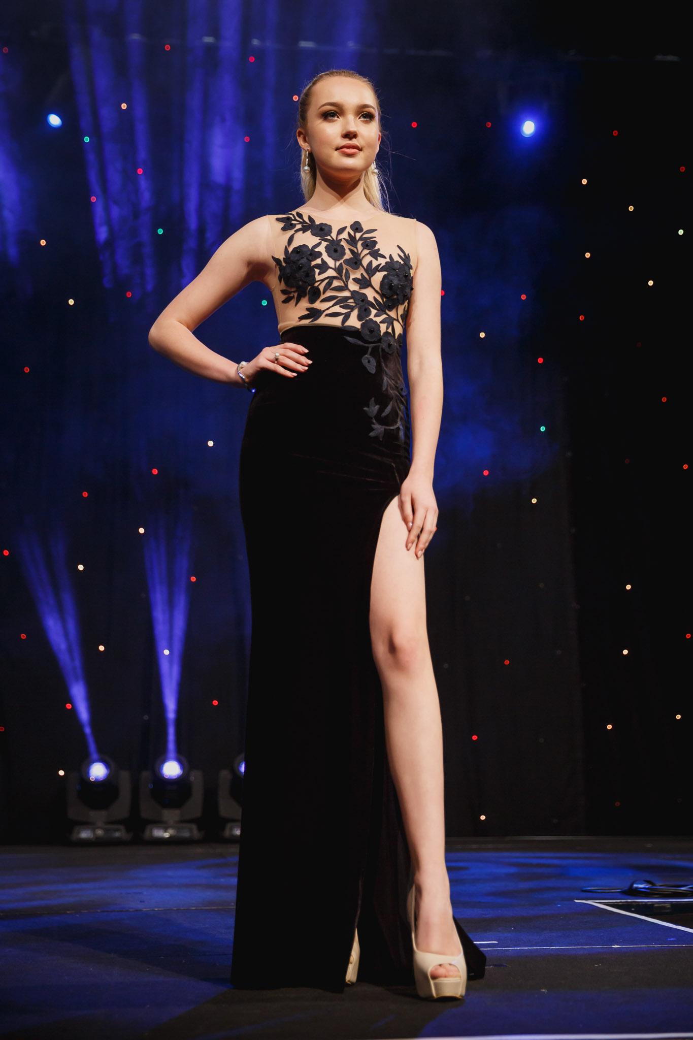 Fashion Stylist Kirsty Milligan