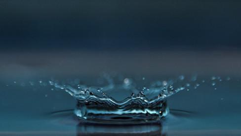 macro-reflection-splash-452292 (Large).j