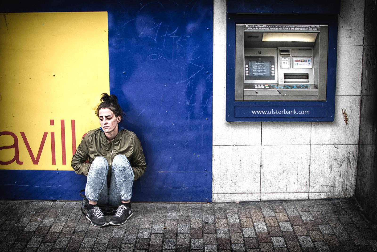 COLOUR - Cashless by Ian Clarke (10 marks)