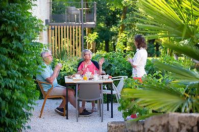 Petit-déjeuner en terrasse-1.jpg