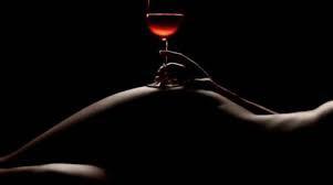 Bere vino e fare sesso: la cura del grande oncologo sfida la retorica moralista