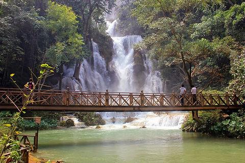Лаос. Водопад.jpg