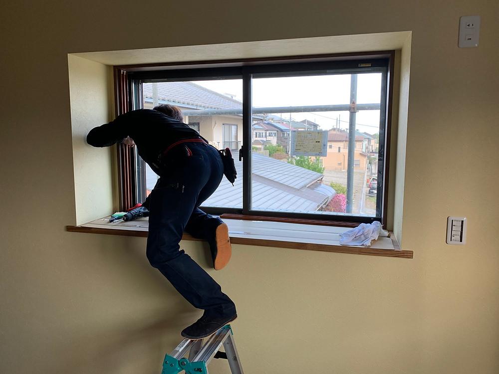 インプラス(2重窓)手際よく施工中♪