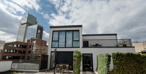 Terrasse Exklusive Apartment