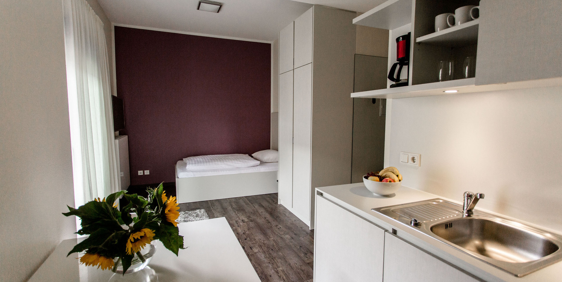 Küche und Schlafbereich