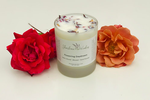 6.5oz Flowering Daydream Candle