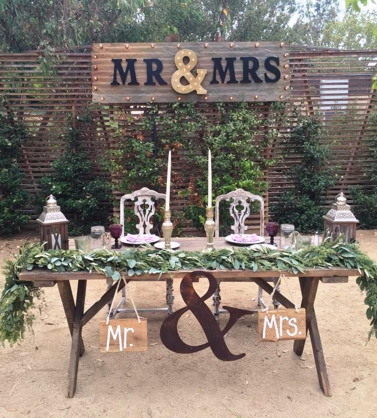 MR & MRS Marquee Light Sign