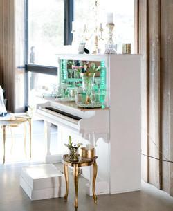 White Piano Bar