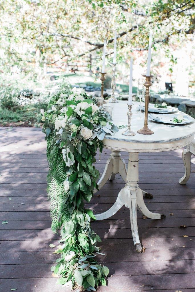 Virginia Oval White Table