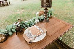 Laurel Table