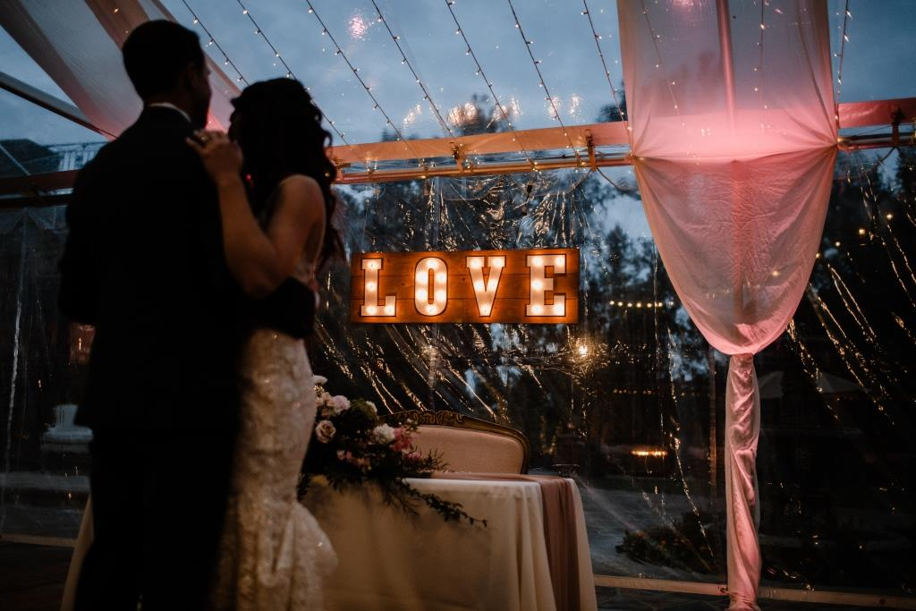 LOVE Marquee Light Sign