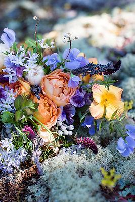 Camas Designs bridal bouquet-La-Vie-Phot