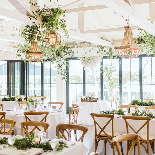 Camas Designs wedding reception-Sara Parsons Photography