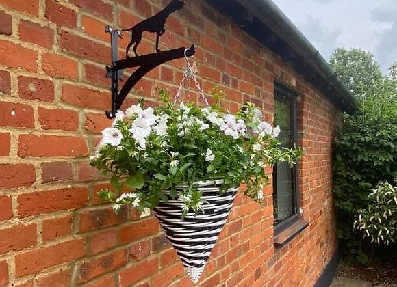 Pointer Hanging Basket Bracket