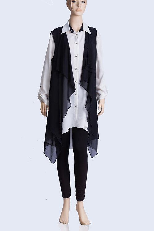חולצה לבנה שרוול ארוך עם עליונית מעוצבת