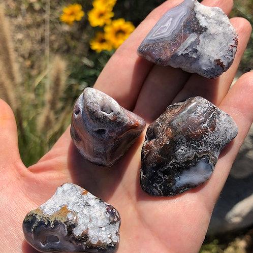 Magnesite Agate